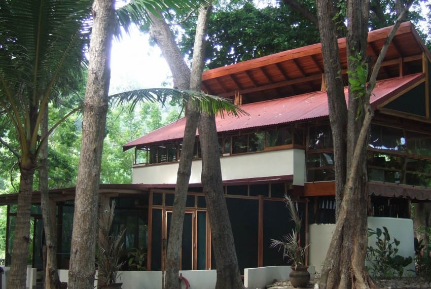 luxury beach front  property costa rica 10